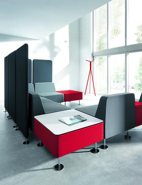 krzesla-recepcyjne-wall-in-19
