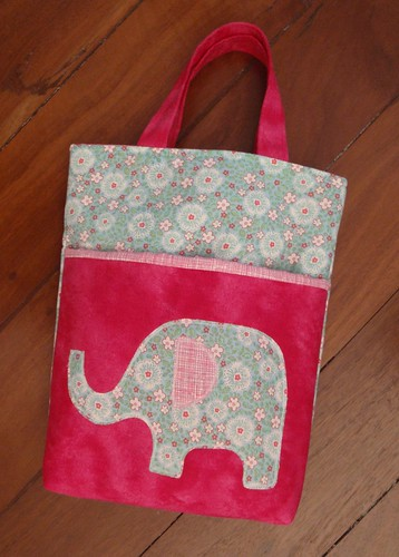 Girl's library bag with elephant applique