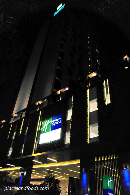 holiday inn express orchard road singapore
