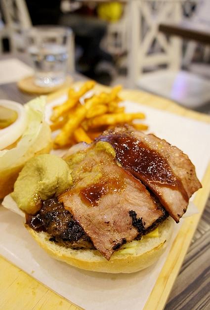 黑羊加州美式漢堡12