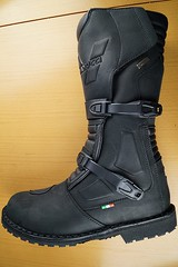snow boot, footwear, shoe, leather, motorcycle boot, riding boot, boot,
