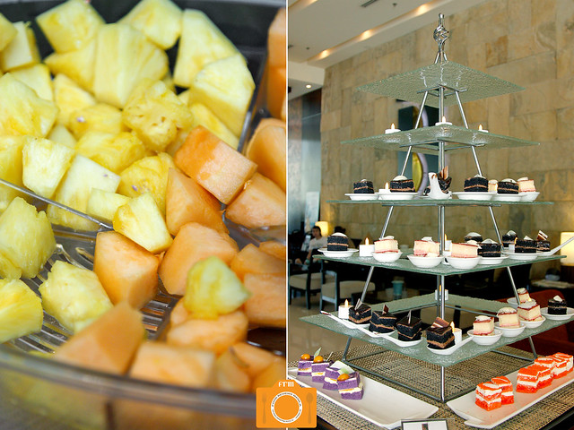 B Hotel breakfast desserts