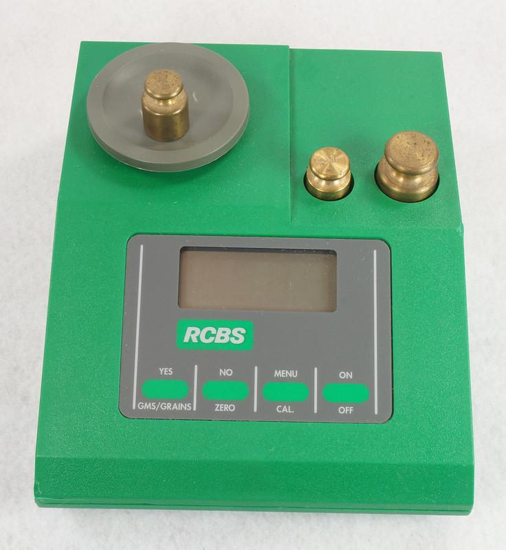 RD14599 RCBS PACT Electronic Digital Precision Powder Dispenser & Scale RD14598 DSC06342