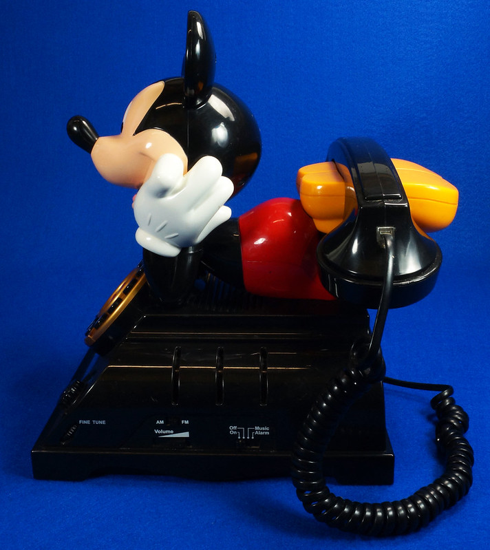 RD14898 Rare Vintage Mickey Mouse Talking Alarm Clock Radio Telephone DSC06901