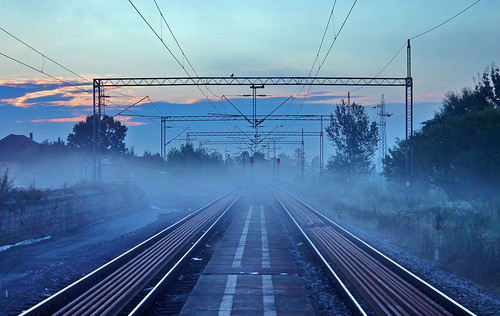 foggy railway railpassion railroad railfan railwaystation trainspotting signal morning cold serbia beogradbar sky sunrise track platform