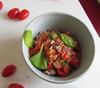 (15% raw) vegan buckwheat pasta shells with spinach & tomatoes