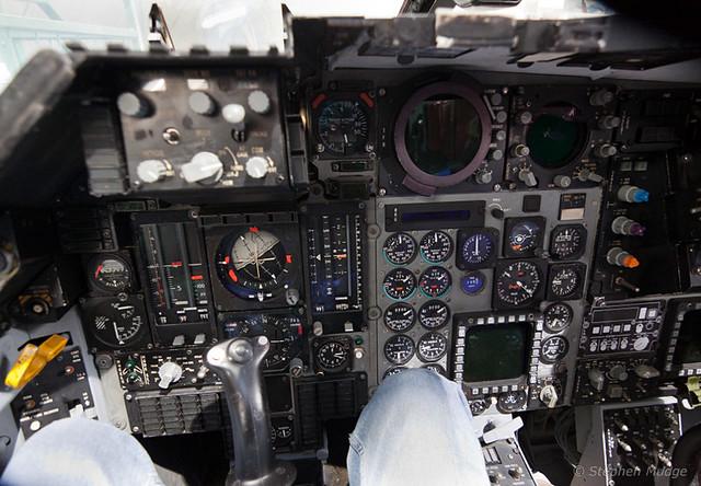 Cockpit F-111 #2