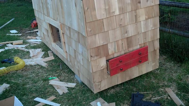 Pallet chicken coop ideas