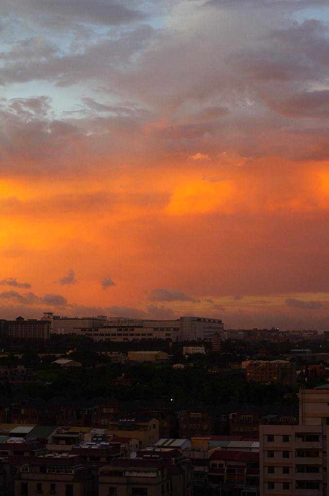 天兔的雲湧與夕陽