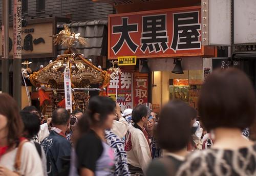 新宿でお神輿