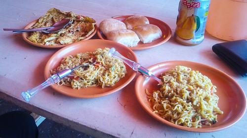 Lunch at Kaas lake