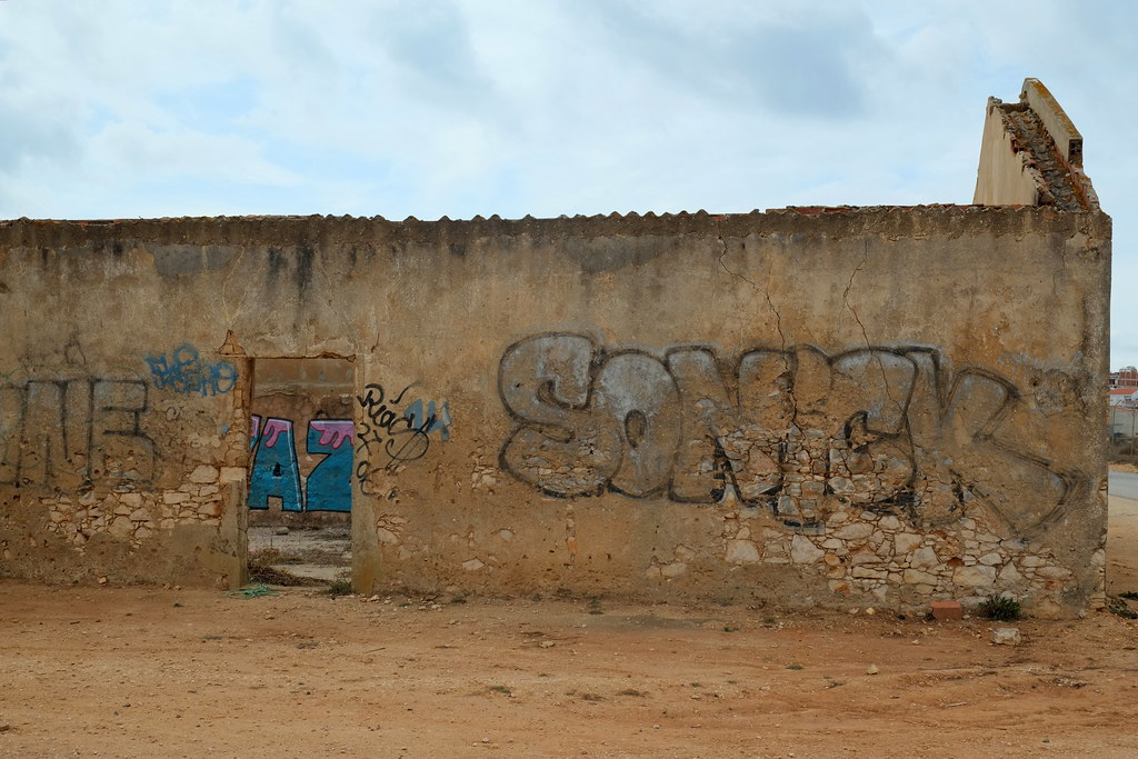 graffiti | sonick | lagos . portugal