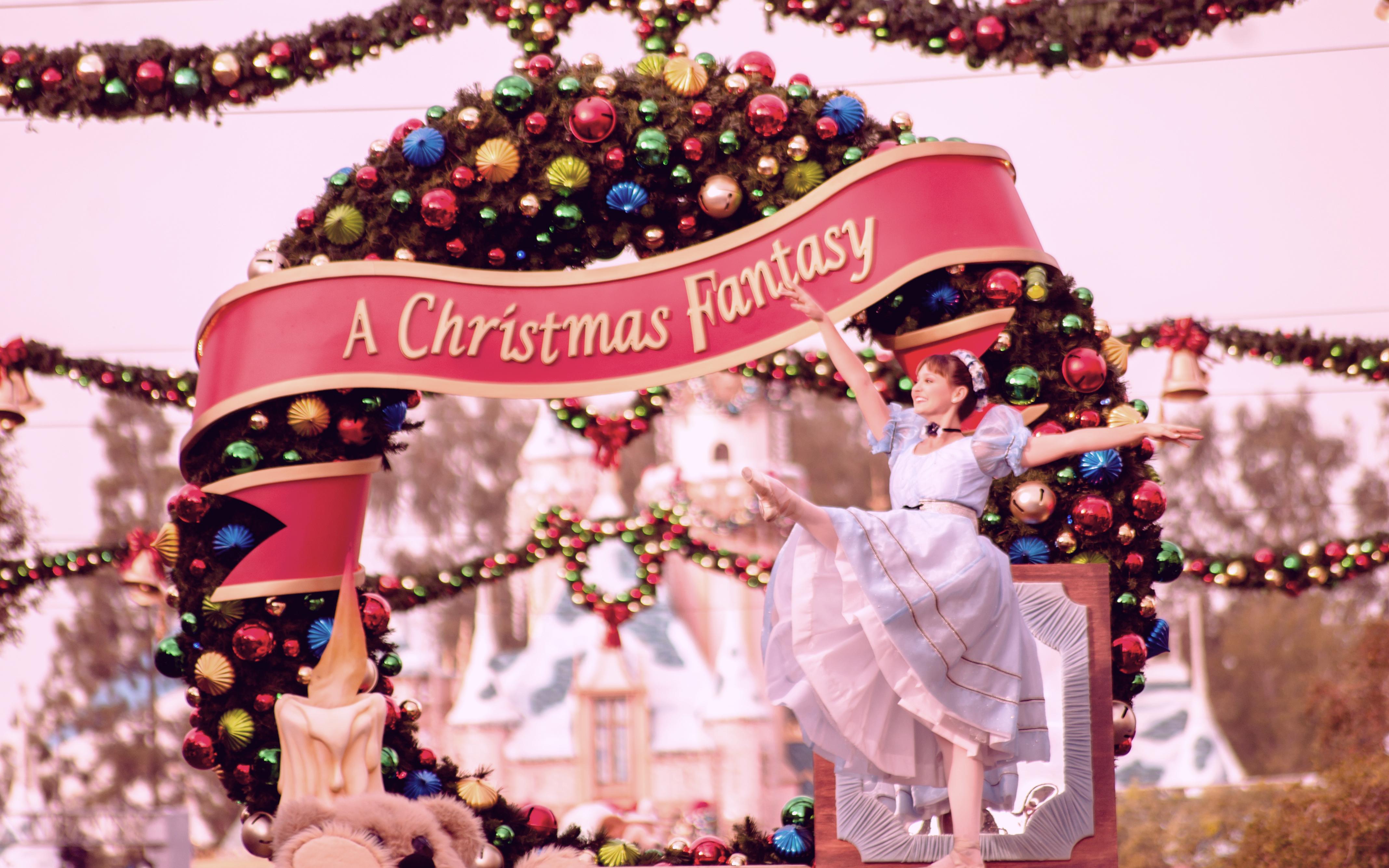 Dancing ballerina | A Christmas Fantasy