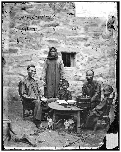 L0056477 A poor Canton family, Kowloon, John Thoms
