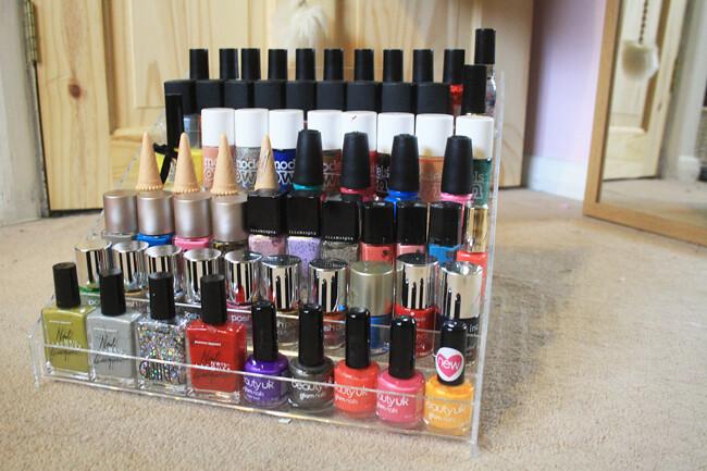 i 39 m loving nail polish storage from ebay vipxo. Black Bedroom Furniture Sets. Home Design Ideas