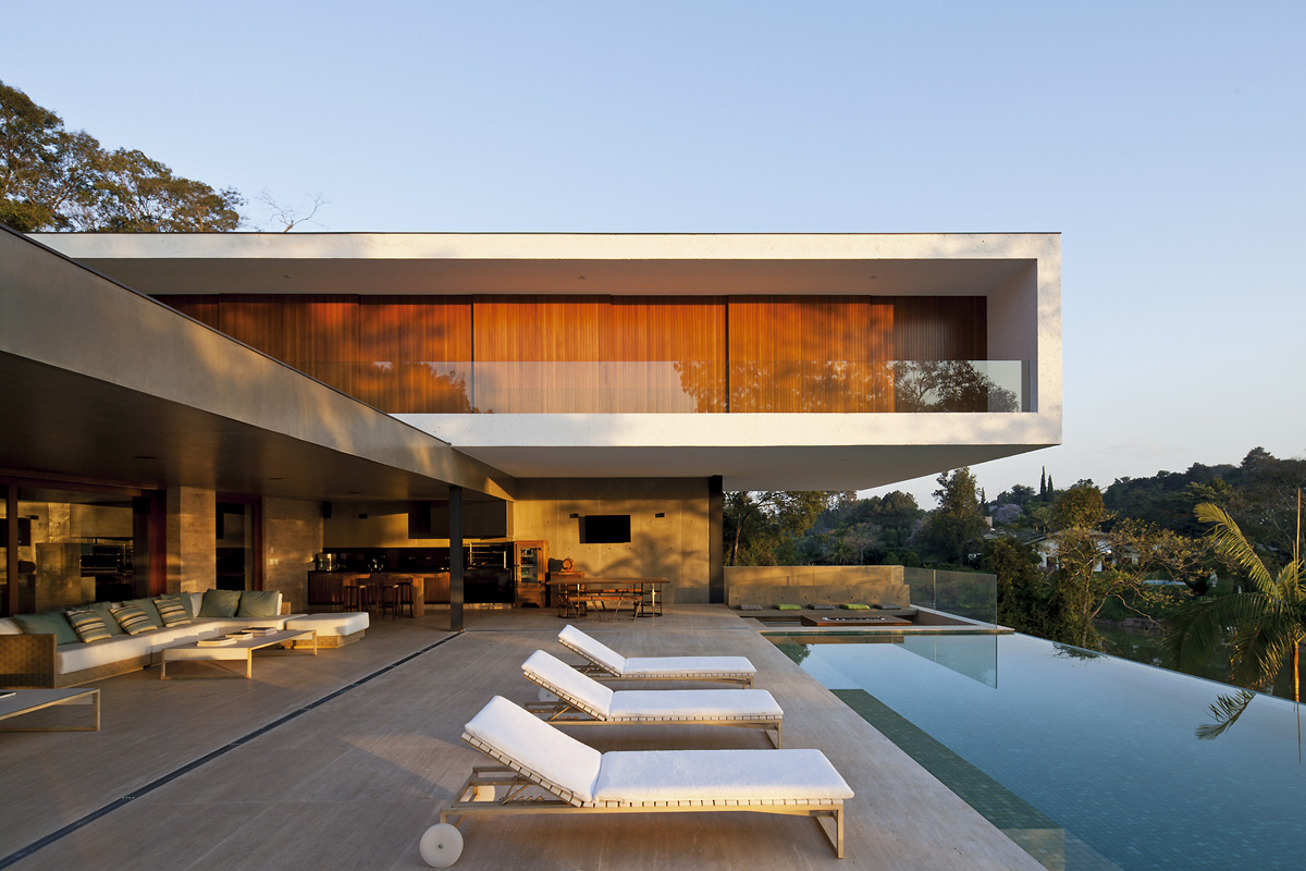 PV House design by Sério Sampaio Arquitetura + Planejamento
