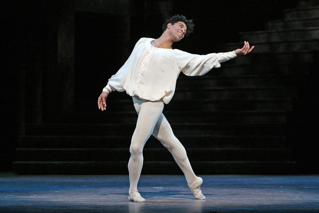 Carlos Acosta in Romeo and Juliet © Dee Conway, 2006