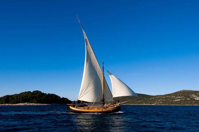 sail dubrovnik BRACERA
