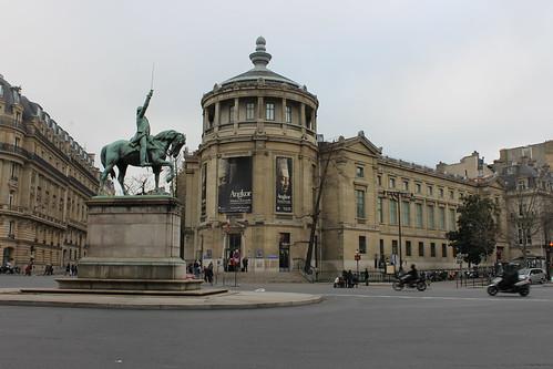 2014.01.10.472 - PARIS - Place d'Iéna - Statue équestre de Washington · Musée Guimet