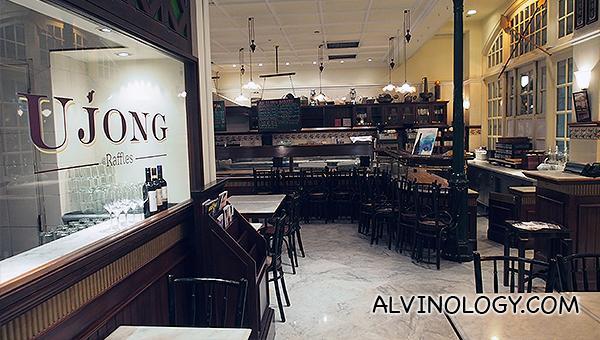 Ujong @ Raffles Hotel - Alvinology