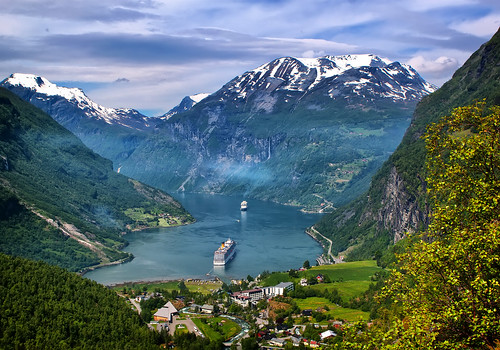 water norway norge day cloudy geiranger vand infocus highquality veiws canon2470f28l elementsorganizer11