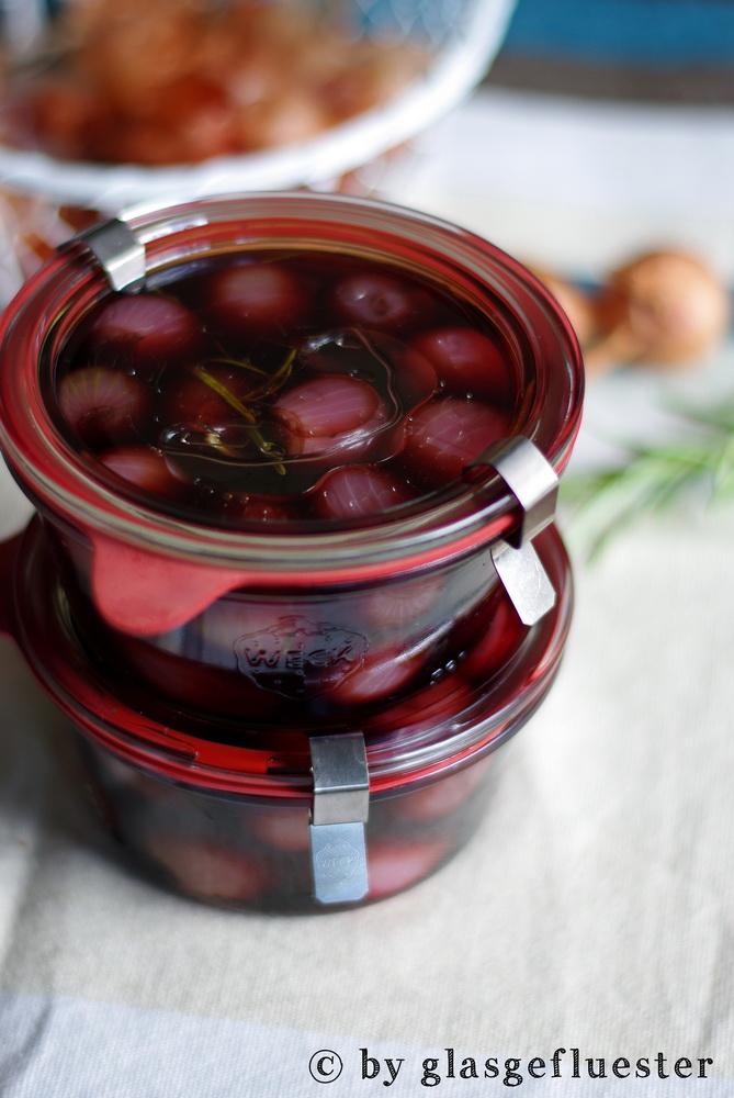 Rotweinperlzwiebeln by Glasgefluester 4 klein