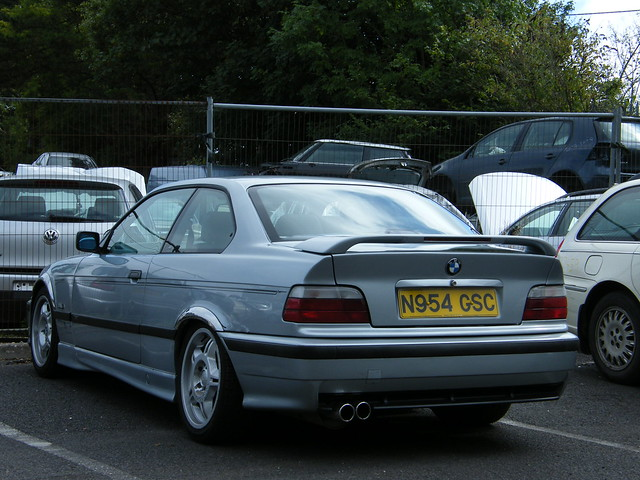 1996 BMW 328i, Fujifilm FinePix S8000fd