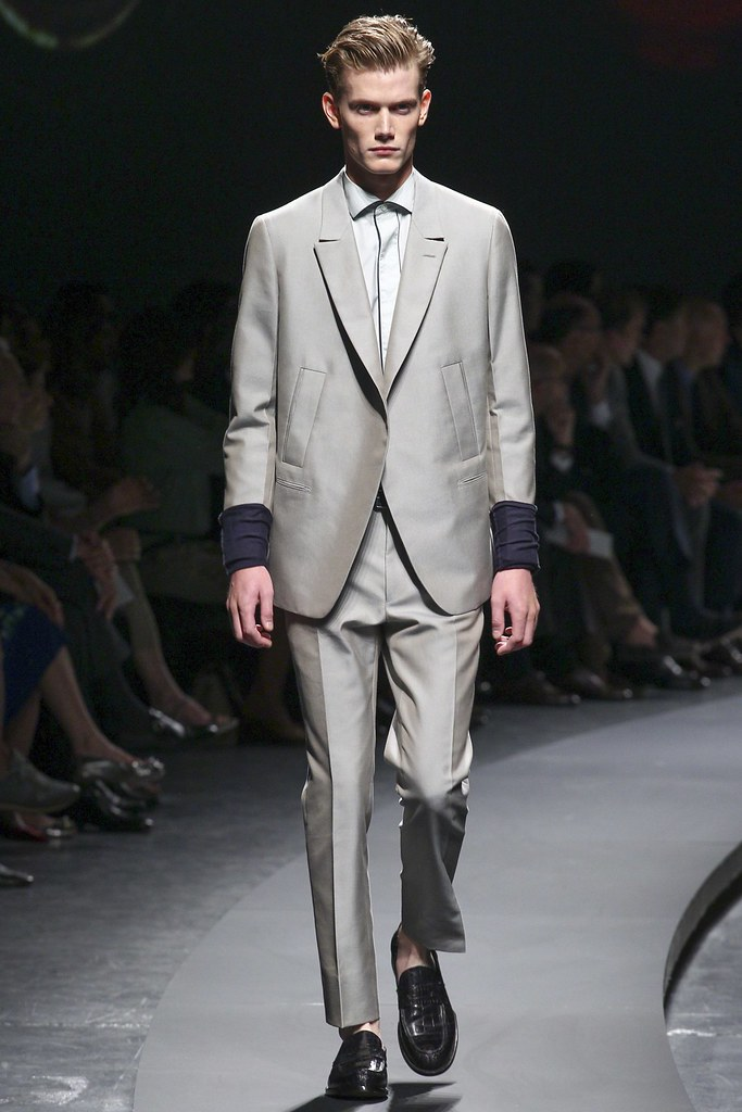 SS14 Milan Ermenegildo Zegna022_Malcolm de Ruiter(vogue.co.uk)