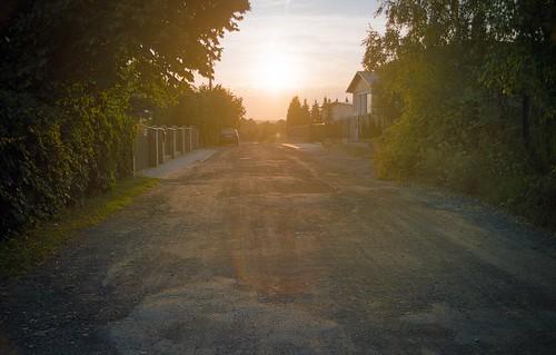 road sunset slr nature vintage poland polska 35mmfilm analogphotography singlelensreflex czestochowa częstochowa prakticabc1 simstorm