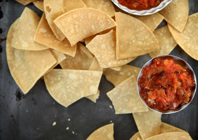 roasted tomato and hatch chile salsa