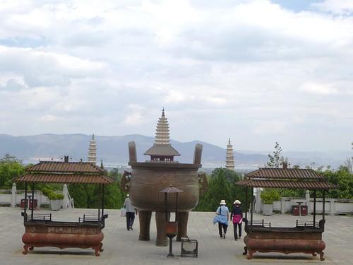 Yunnan13-Dali-4. Place du Temple (7)