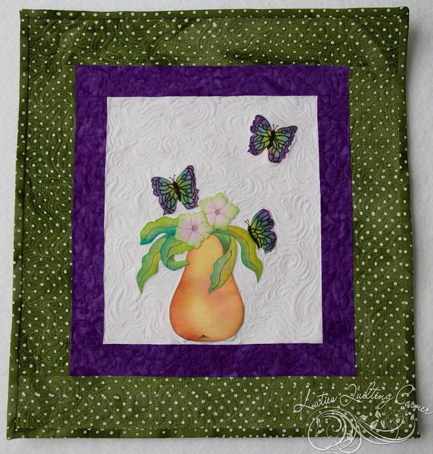 Melt and Blend Crayon Applique - Pear Beginner Sample