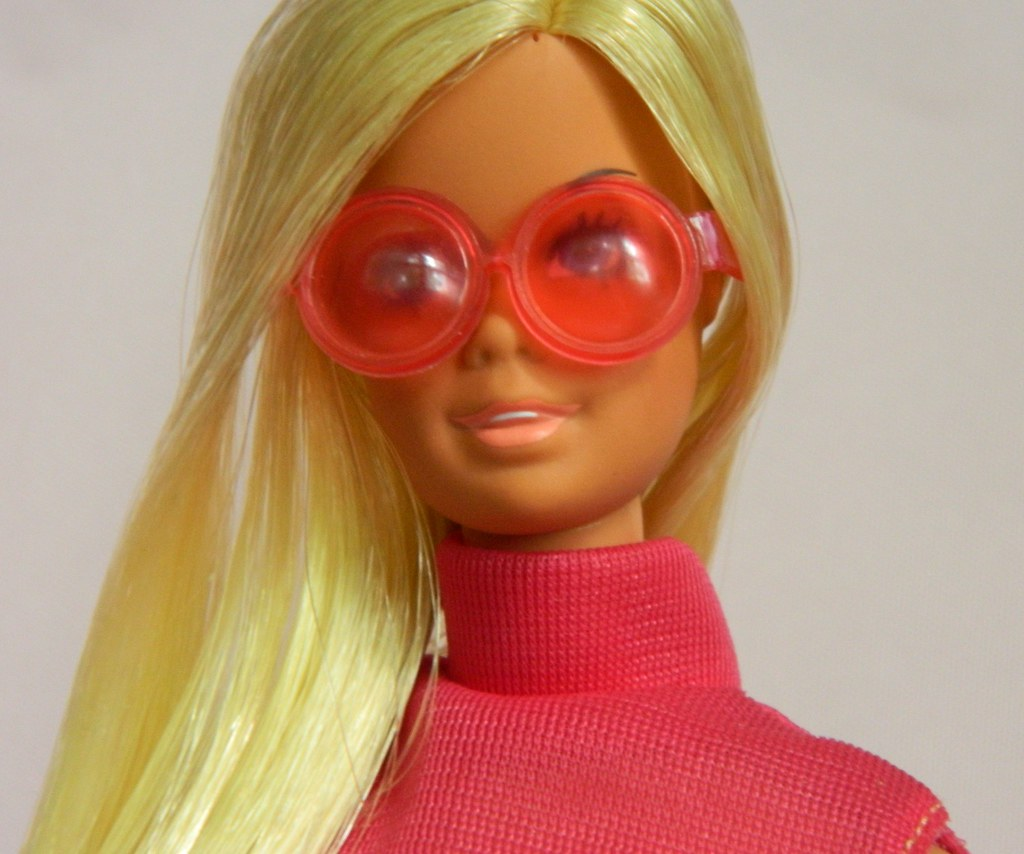 31ae81602d VINTAGE MOD MALIBU BARBIE DOLL JAPAN w  GOOD SPORTS OUTFIT
