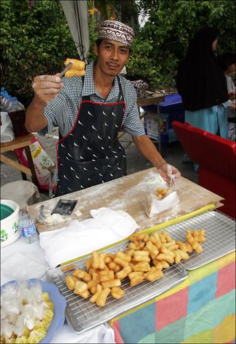 Pa Tong Ko for sale at the Phuket Halal Expo