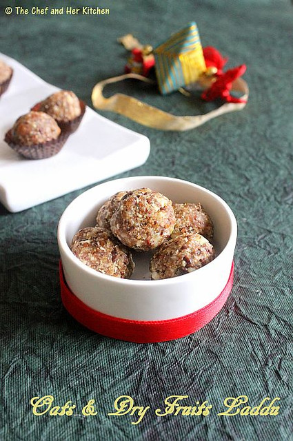 oats and dry fruits ladoo