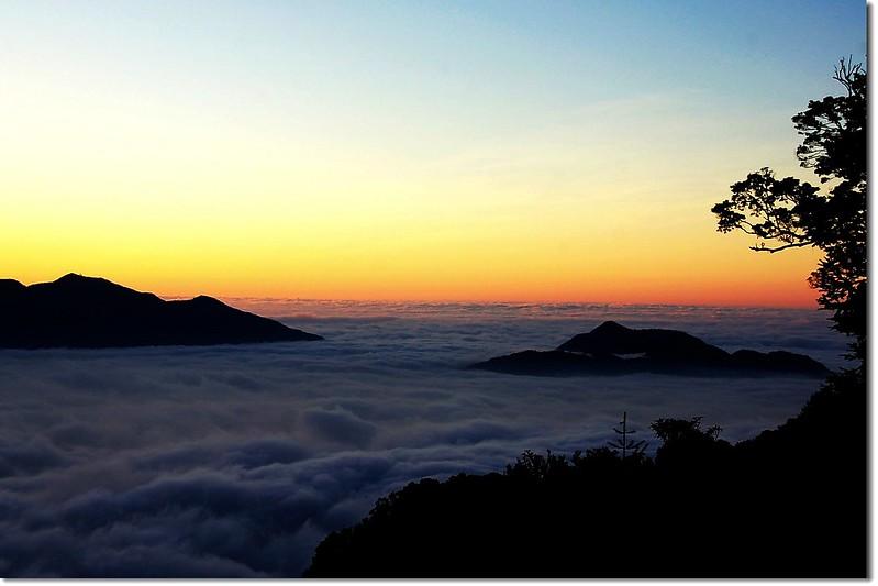 西巒觀日落(From 登山口) 2