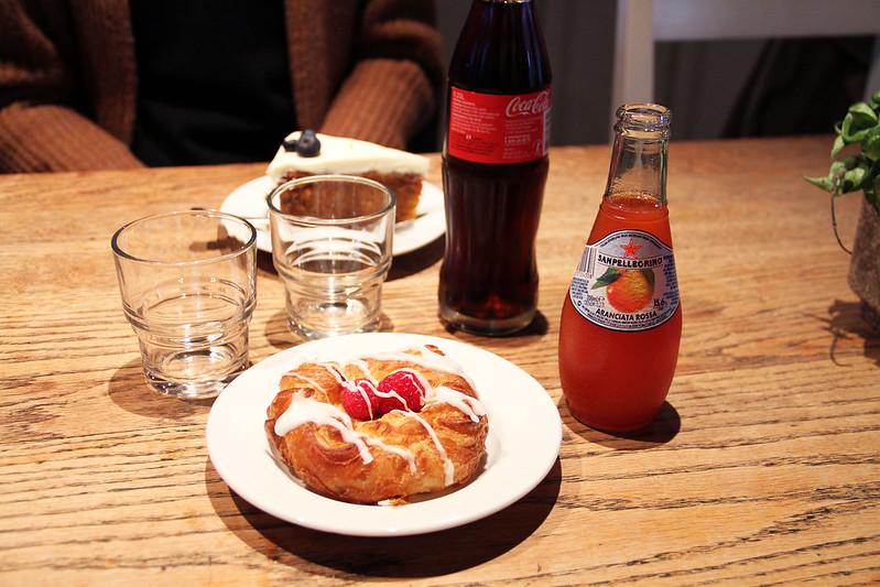 frukost på café kungsgatan och utflykt till Katrinetorp Landeri!