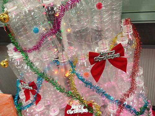 ペットボトルでクリスマスツリー