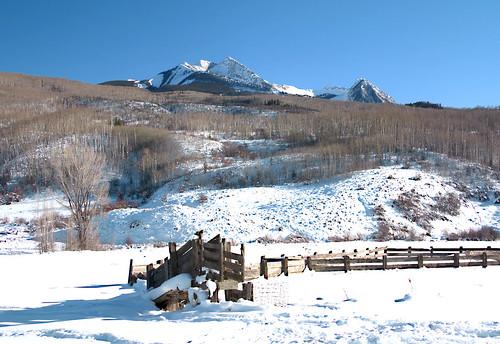 winter snow colorado corral raggedmountain gunnisoncountycolorado coloradohighway133
