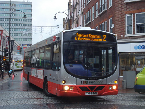 Reading Buses 1010 on Route 2, Reading