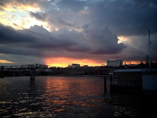 <p>Millennium Bridge at Sunset</p>