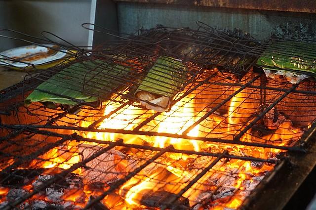 Halal Penang Food ikan bakar Hammer Bay or Seri Pantai - Gold Coast Condominium-006