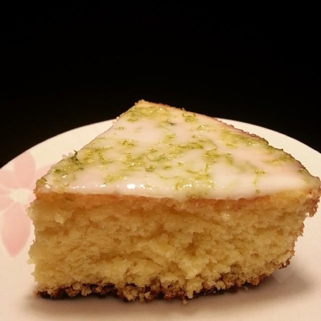 20140506  嚴格說來 沒有成功 因為蛋糕好像沒有發 不過 真的還是很好吃。  #葛蘿的餐桌