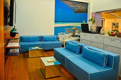 Four-Seasons-Lounge