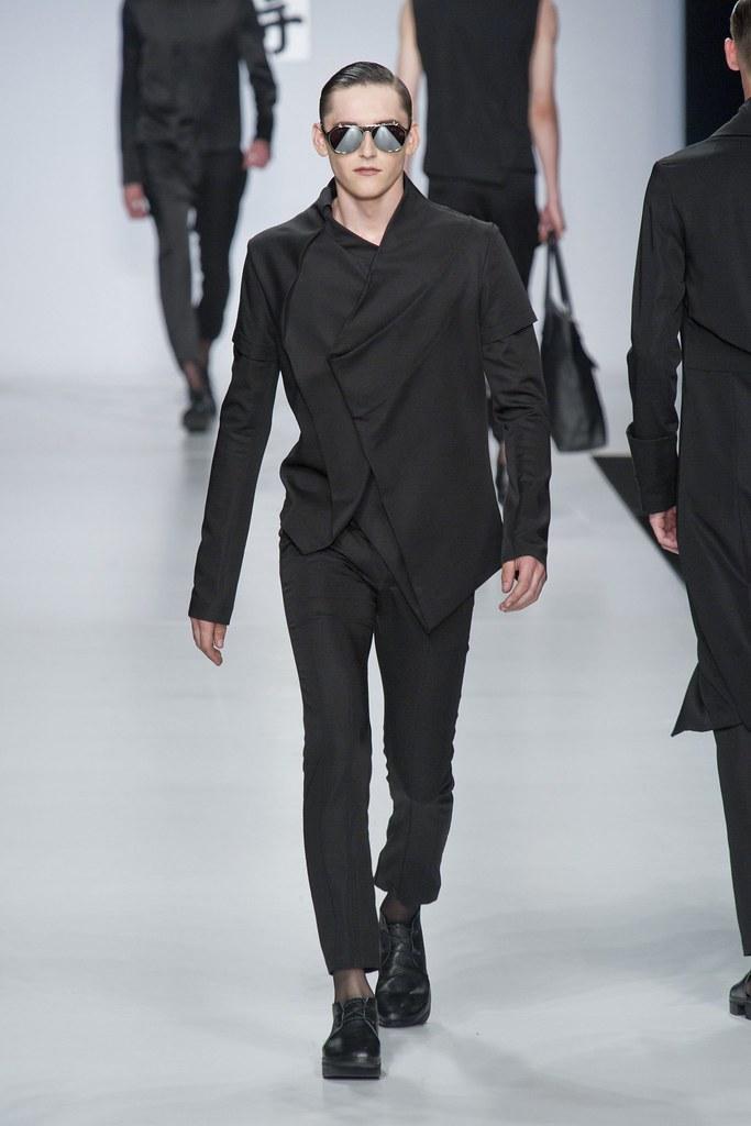 SS14 Milan Ji Wenbo020_Anders Hayward(fashionising.com)