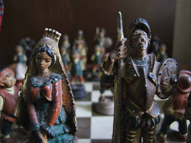 medieval chess set01 030813