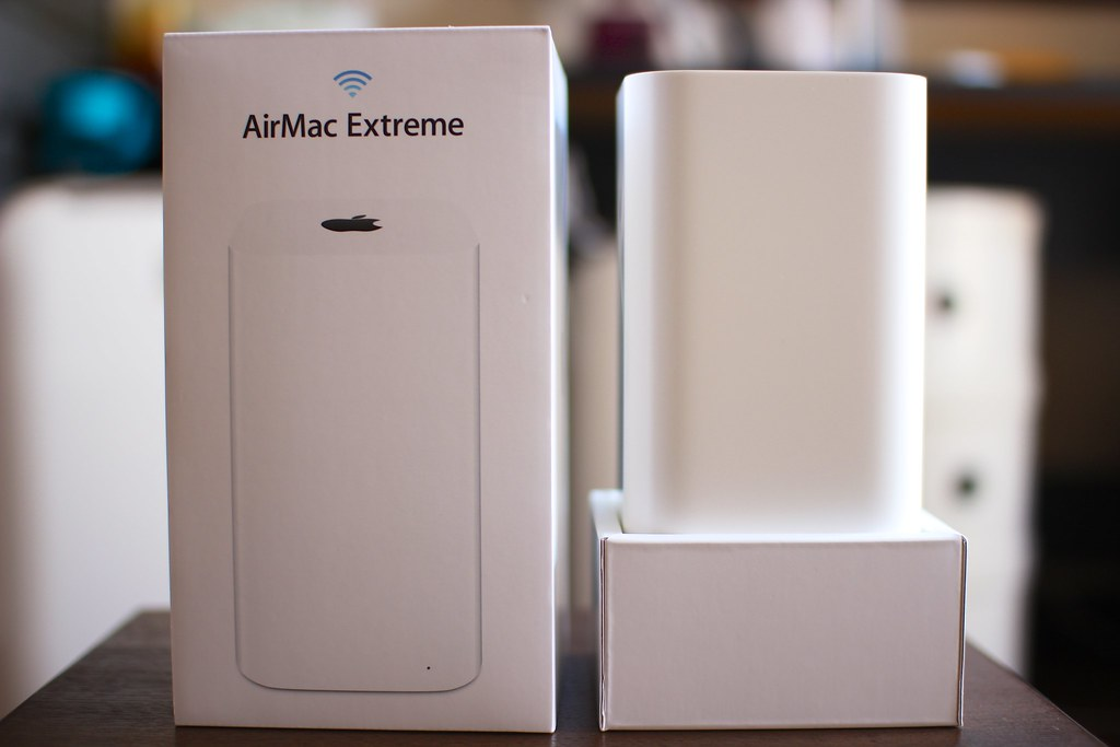 Apple AirMac Extreme (ME918J-A)