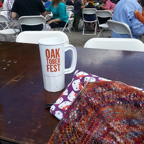How I'm spending my afternoon #Oaktoberfest #knitting #pumpkinbeer #music #hellokitty