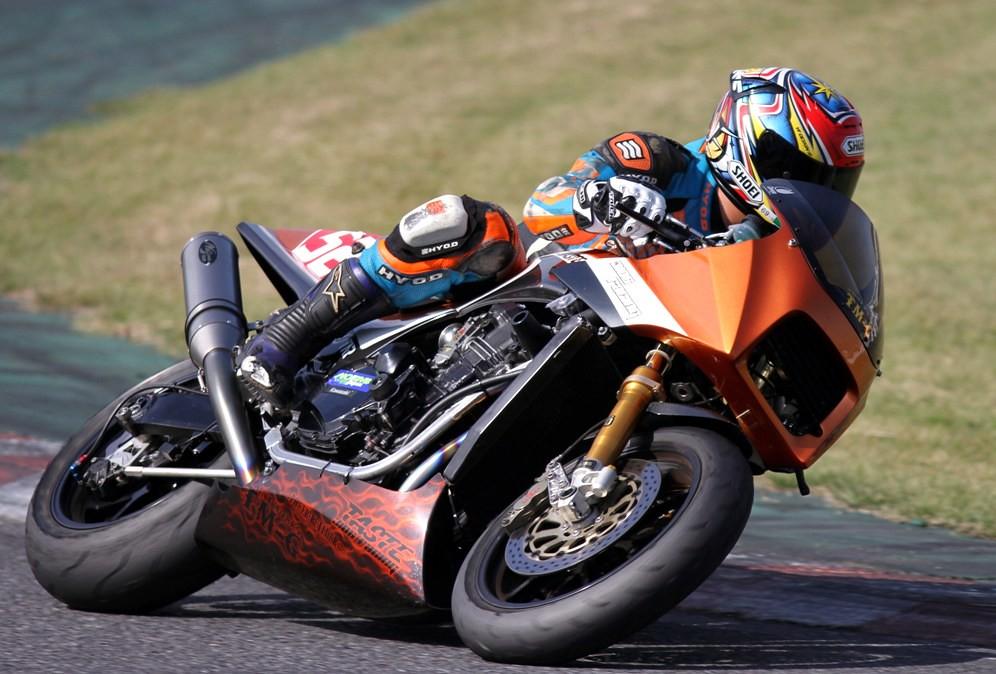 Kawasaki GPZ-R 900 et 750, 1000 RX, ZX 10 TOMCAT - Page 4 10733602526_15ed12d971_b