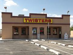 Twisters / Los Pollos Hermanos